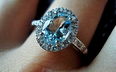 10 Popular Diamond Shapes For An  Engagement Ring